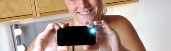 Le sexting permet d'entretenir les liens affectifs au sein du couple