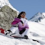 Ski et le soleil en montagne dangereux pour les yeux